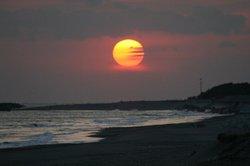 2月大池と夕日 225.jpg