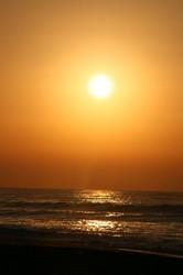 海からの日の出.jpg